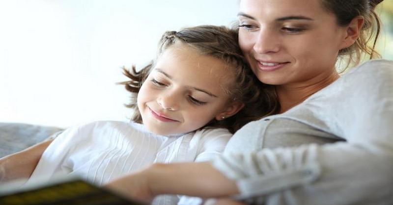 Jak budovat charakter dítěte prostřednictvím čtení pohádek (+ seznam otázek pro diskusi)