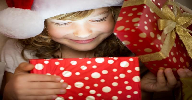 Namísto kupování hraček… Darujte dětem raději tohle (53 nápadů)