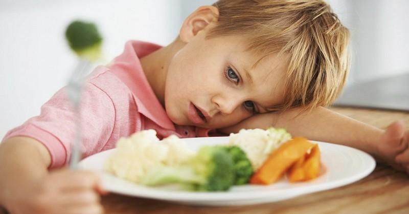 7 geniálních frází, aby vaše děti nebyly při jídle příliš vytříbené