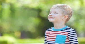 12 silných rodičovských frází, které usnadní rozhovor s dítětem (i když situace není lehká)