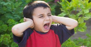 Čtyři časté chyby rodičů, které bývají příčinou špatného chování dítěte