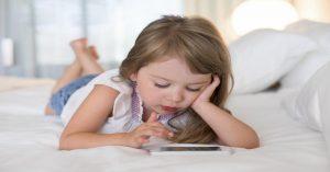 """Smartphone: Kdy je dítě příliš mladé a co dělat poté, když řeknete """"Ano"""""""