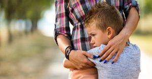 Jak ztratit dětství: Největší chyba rodičů, co ukradne dětem to nejcennější