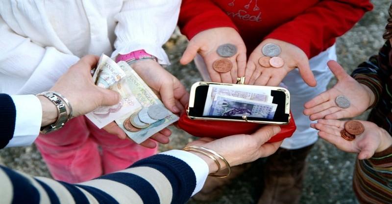 Systém domácích prací, který vede děti k dobrým zvykům ve vztahu k penězům