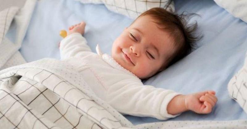 Kdy má jít vaše dítě spát (tabulka dle věku)