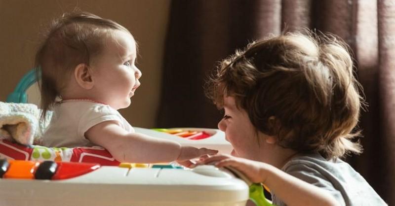 7 pravd o tom, jaké to je starat se o dvě děti narozené v průběhu dvou let (a méně)