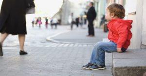 Víte, co dělat, když najednou nikde neuvidíte své dítě?