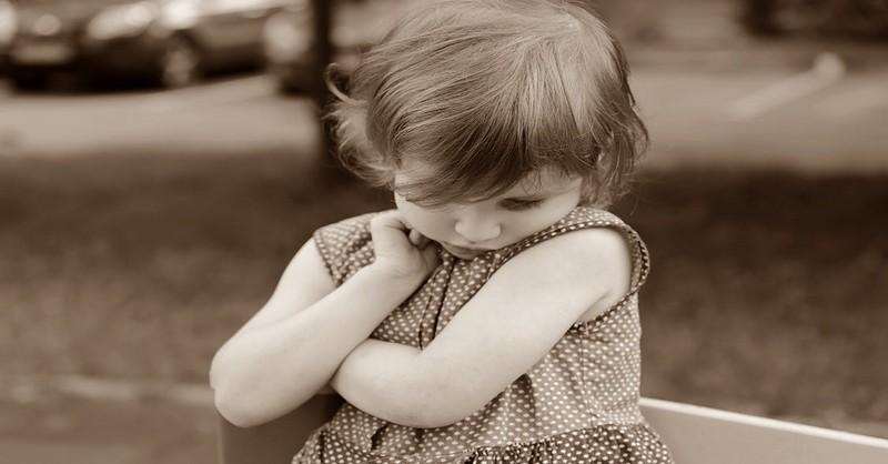 12 projevů toxických rodičů, kteří ničí své děti, aniž by o tom věděli