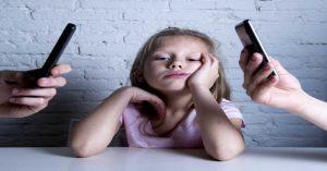 Proč jsou děti netrpělivé, znuděné, opuštěné a vychloubačné?