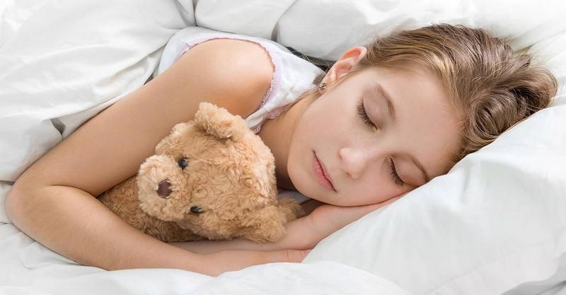 Vědci prokázali, že děti je třeba ukládat ke spánku včas