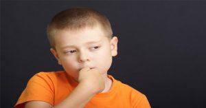 5 účinných způsobů, jak dítě odnaučit kousání nehtů