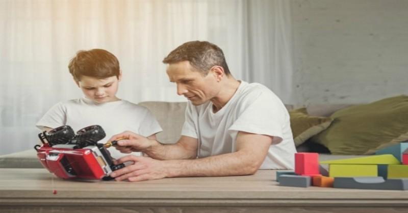 Mluvte stejným jazykem lásky jako vaše dítě – projevíte mu tak svou náklonnost efektivněji