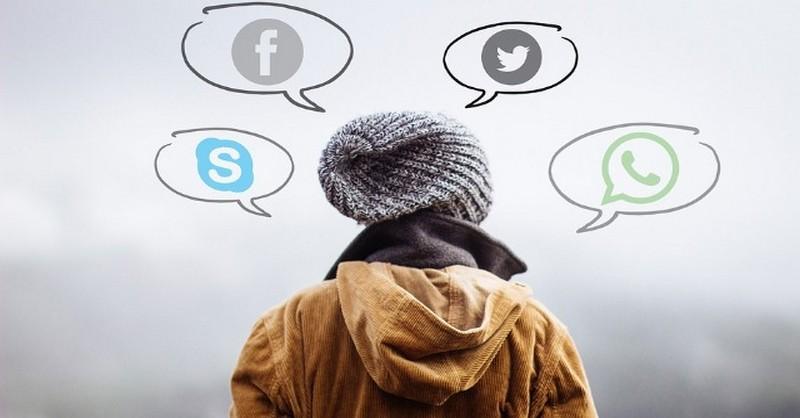 Používání sociálních médií u teenagerů vede k internalizovaným problémům v chování